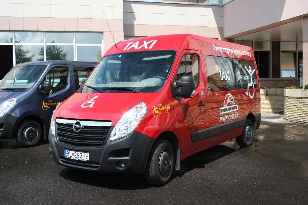 Taxi pre vozičkárov | Preprava imobilných osôb | Bratislava | ARES