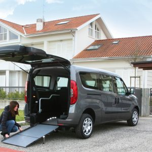 Bezbarierové vozidlo pre vozičkára Fiat Doblo - skladanie rampy
