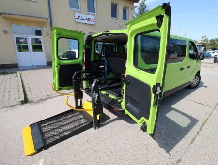 Opel Vivaro s elektrohydraulickou plošinou + kotvenie vozíka