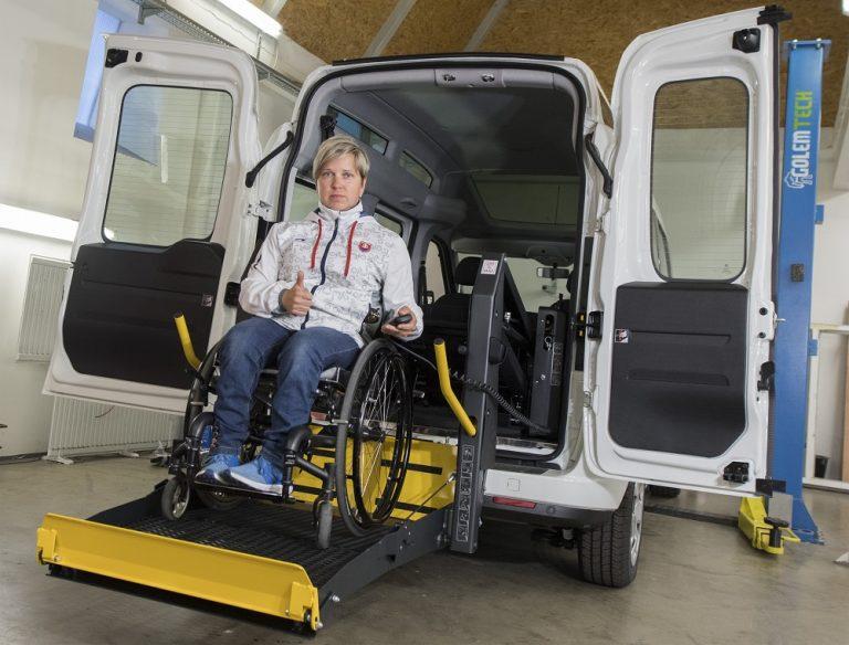 Našu plošinu do automobilu si vyskúšala aj paralympionićka Veronika Vadovičová
